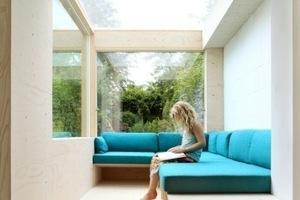 Maximal belichtet: Die Wohnzimmersitzecke findet in dem neuen Anbau Platz<br />Foto: Filip Dujardin