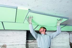 Eine Vakuum-Innendämmung eignet sich besonders bei beengten Platzverhältnissen wie niedrigen Kellerdecken<br />Fotos: Saint-Gobain Isover<br />