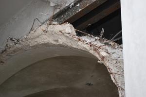 Als Kreuzgewölbe ausgebildete Rapitzdecke in einem historischen Industriegebäude<br />
