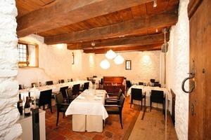 Daneben: Nach Abschluss der Umbauarbeiten befindet sich darin ein Restaurant<br />