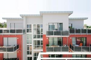 Farbige Akzente lassen Fassaden lebendig und attraktiv erscheinen<br />