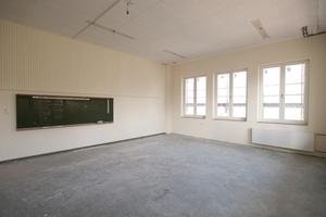 Klassenraum kurz nach Abschluss der Innendämmarbeiten