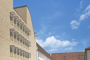 Der Neubau der Diözese Rottenburg-Stuttgart (vorn) und das ehemalige Jesuitenkolleg im Hintergrund