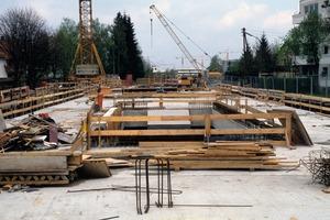 Viele kennen das Instrument der Kurzarbeit vor allem aus dem Baugewerbe, da die Branche stark vom Wetter abhängig ist<br />