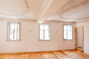 Raum mit saniertem Stuck im Fachwerkhaus<br />