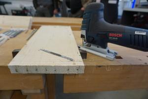 """Das Stichsägeblatt """"Progressor for Wood+Metal"""" sägt mühelos durch mit Nägeln durchsetztes Holz"""