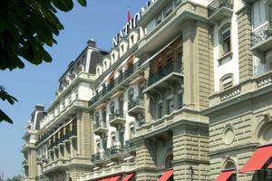Das über 140 Jahre alte Grand Hotel National in Luzern bietet nach der Sanierung mit Flüssigkunststoff wieder Gastlichkeit auf höchstem Niveau