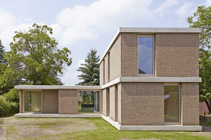 Das Einfamilienhaus in Berlin erinnert an den avantgardistischen Baustil der ModerneFotos (2): Michel Bonvin Photography