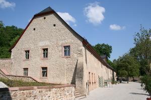 In diesem Bruchsteinhaus ist außerhalb der Klausur das Hotel Kloster Eberbach untergebracht<br />