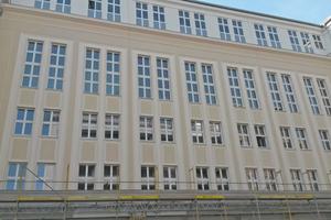Die Fassade der Feuerwache in Berlin-Mitte nach Abschluss der Sanierungsarbeiten
