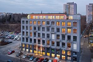 In der 1910 erbauten ehemaligen Textilfabrik entstanden nach dem Konzept e-wohnen 32 barrierefreie Wohnungen