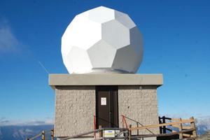 Wetterradarstation auf dem Gipfel des Patscherkofels in Tirol<br />Fotos: Triflex