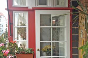 Wie neu: Balkonfenster-Türkonstruktion
