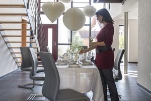 Der großzügige Multifunktionsraum im Erdgeschoss eignet sich hervorragend für Feiern und Familienzusammenkünfte