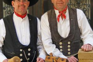 Erfolgreiche Altbauspezialisten: Tischlermeister Guido Kramp (links) und Baumeister Andreas Kramp<br />