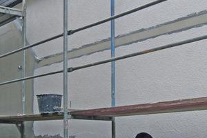 Hochwertige Kalkgrundputze sind innen und außen das Fundament für weitere Oberflächengestaltungen mit Kalk<br />