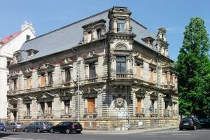 Die Fassade der Leipziger Villa Schröder vor ...