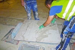 Passgenaue Verlegung der Marmorplatten Fotos (4): Sopro