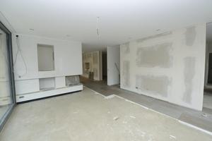 Das Wohnzimmer in Erdgeschoss nach Abschluss der Trockenbauarbeiten<br />