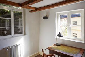Großaufnahme der Fenstersituation Wohnzimmer OG