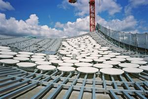 Hier sind bereits die Dachpaietten montiert<br />