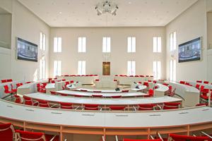 Blick in den Plenarsaal des Brandenburgischen Landtags im wieder aufgebauten Potsdamer Stadtschloss