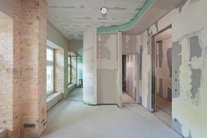 Um gute Ergebnisse im Schallschutz zu erreichen, wurden für Flur- und Wohnungstrennwände Doppelständerwände gewählt
