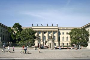 Hauptfassade der altehrwürdigen Humboldt-Universiät in Berlin<br />Foto: Heike Zappe /Humboldt-Universität Berlin