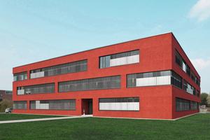Die Fassade des Verwaltungsgebäudes Etrium in Köln wurde mit roten Spar Dash Glas-Chippings veredelt