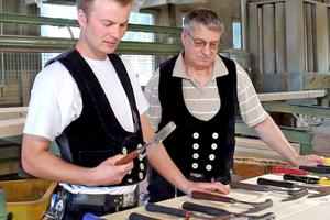 Latthämmer-Test bei Holzbau Vorderwisch