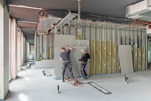 """Der Ausbau des Hamam erfolgte mit zementgebundenen Bauplatten auf einer Unterkonstruktion aus Metallprofilen, die mit einem Feuchtraum geeigneten Korrosionsschutz nach DIN EN 13964 ausgestattet sind<span class=""""bildnachweis"""">Fotos: Fermacell</span>"""