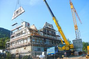 Das fertige Haus wird dann wieder abgebaut, verpackt und am Bestimmungsort aufgestelltFotos: JaKo