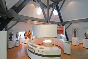 "Oberste Ebene im Eifelmuseum zum Thema ""Glaube und Aberglaube"""