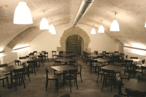 Zwei seit Ewigkeiten nicht mehr genutzte ehemalige Weinkeller können dank umfangreicher Sanierungsarbeiten nun für Versammlungen und Events genutzt werden