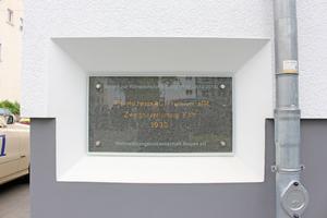 Zeitfenster: Die Gebäude wurden 1936 aus Bimsstein errichtet