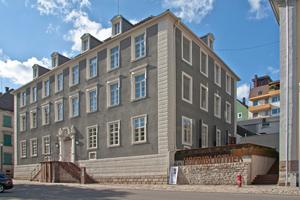 Die Alte Hofbibliothek in Donaueschingen von außen und innen