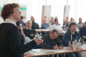 Andrea Grond von der Firma Knauf Perlite spricht über das Thema Innendämmung mit TecTem<br />