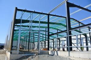 Auch Industriehallen gehören zu den Tätigkeitsfeldern<br />