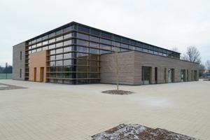 Bei diesem nach ökologischen Gesichtspunkten geplanten Schulprojekt in Luxemburg, kam Lehmputz zum Einsatz<br />