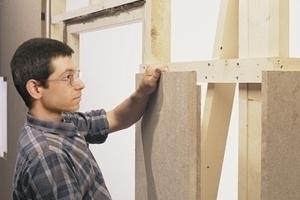 Holzfaserplatten als Ausfachung für Innenwände Foto: Doser<br />