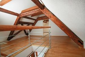 Auch im Dachgeschoss passt sich die Holzfaserdämmung perfekt an die Gegebenheiten des Bestandes an<br />