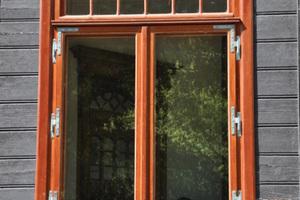 Von Januar bis Juni 2012 wurden im Sanatorium Fenster und Türen repariert und aufgearbeitet oder vollständig rekonstruiert