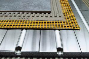 Durch den dünnschichtigen Aufbau und das geringe Gewicht ist das IndorTec Therm.System besonders für die Sanierung geeignetFotos: Gutjahr Systemtechnik