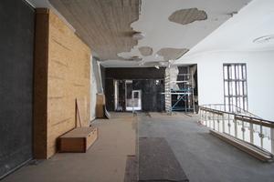 Oberes Podest der Treppe während der Umbauarbeiten