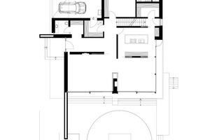 Grundriss Erdgeschoss, Maßstab 1:250<br />  1 Eingang  2 Wohnen 3 Essen 4 Kochen 5 Garberobe 6 WC 7 Hauswirtschaftsraum 8 Gästezimmer 9 Gästebad10 Terrasse