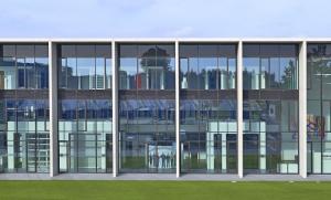 Architekt Andreas Wannenmacher hat das Hörmann-Forum geplant⇥Foto: Hörmann