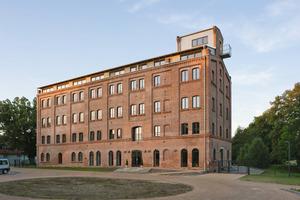 Die denkmalgeschützte Mühle Spiegelberg wurde in Neustadt (Dosse) zu einem Wohnheim für Schüler eines ReitInternats umgenutzt<br />Fotos: Fermacell<br />