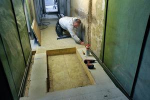 Auch in den Fußböden entstehen Schaufenster in die Geschichte des Hauses