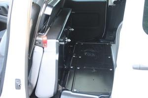 Die gesamte Rücksitzbank lässt sich samt Schutzgitter nach vorne klappen – so wächst die Laderaumlänge auf 1,88 m<br />