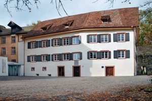 Die Südfassade des Abt-Gaisser-Hauses nach Abschluss der Restaurierungs- und Umbauarbeiten